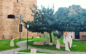 Ecotecnica dona il presepe nel giardino dei Bastioni