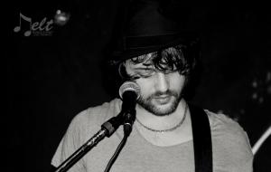 Il cantautore brindisino Marco Maffei su Spotify. Di Marco Greco