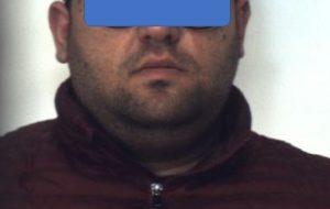 Fermato in Via Appia con 100 grammi di cocaina an nello sportello: arrestato