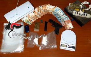 Coca e pistola clandestina: due arrestati a San Pancrazio