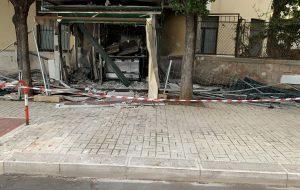 Potente bomba distrugge il chiosco di Piazzale Di Summa