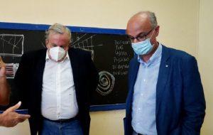 """In arrivo nuova ordinanza: da lunedì dad per tutti in Puglia. Emiliano: """"Sino a quando non avremo vaccinato tutti, è giusto rimanere a casa"""""""