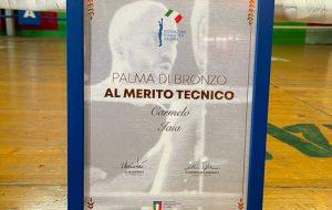 """Carmine Iaia premiato con la """"Palma di Bronzo per il Merito Tecnico"""" dalla Federazione Pugilistica Italiana"""