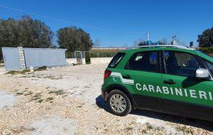 Piscina abusiva nelle campagne di Carovigno: denunciato proprietario di una villa