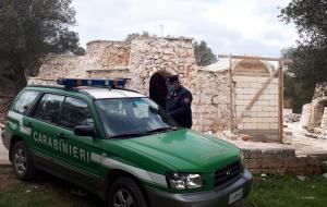 Cantiere abusivo per ampliare i trulli: arrivano i sigilli dei Carabinieri Forestali