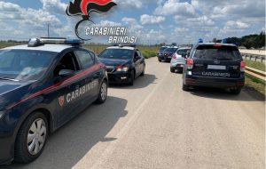 Non si fermano all'alt dei Carabinieri a San Donaci: tre baresi bloccati ed arrestati all'ingresso di Brindisi