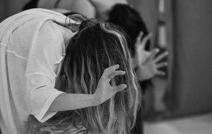 Violenta(te): al Verdi la danza contemporanea che denuncia la violenza sulle donne