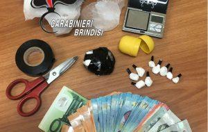 Beccato in centro con 5 grammi di cocaina, a casa ne aveva altri 30: arrestato 34enne