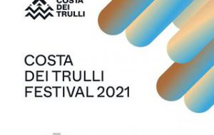 Festival Costa dei Trulli: a Fasano Sergio Rubini, Peppe Barra, Elio, Michela Giraud, Valerio Lundini, Massimo Lopez e Tullio Solenghi