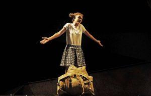 Celestina e la Luna: il teatro bambino in Piazza Duomo