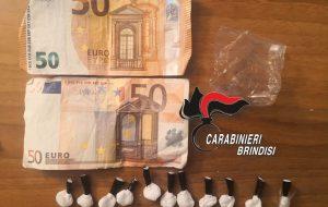 Droga nella movida di Torre Canne: arrestato giovane sorpreso con 11 cipollotti di cocaina