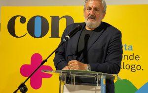 Emiliano accelera per il suo partito: presentato il movimento politico CON