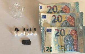 Sul motopattino con cocaina e hashish: arrestato presunto spacciatore